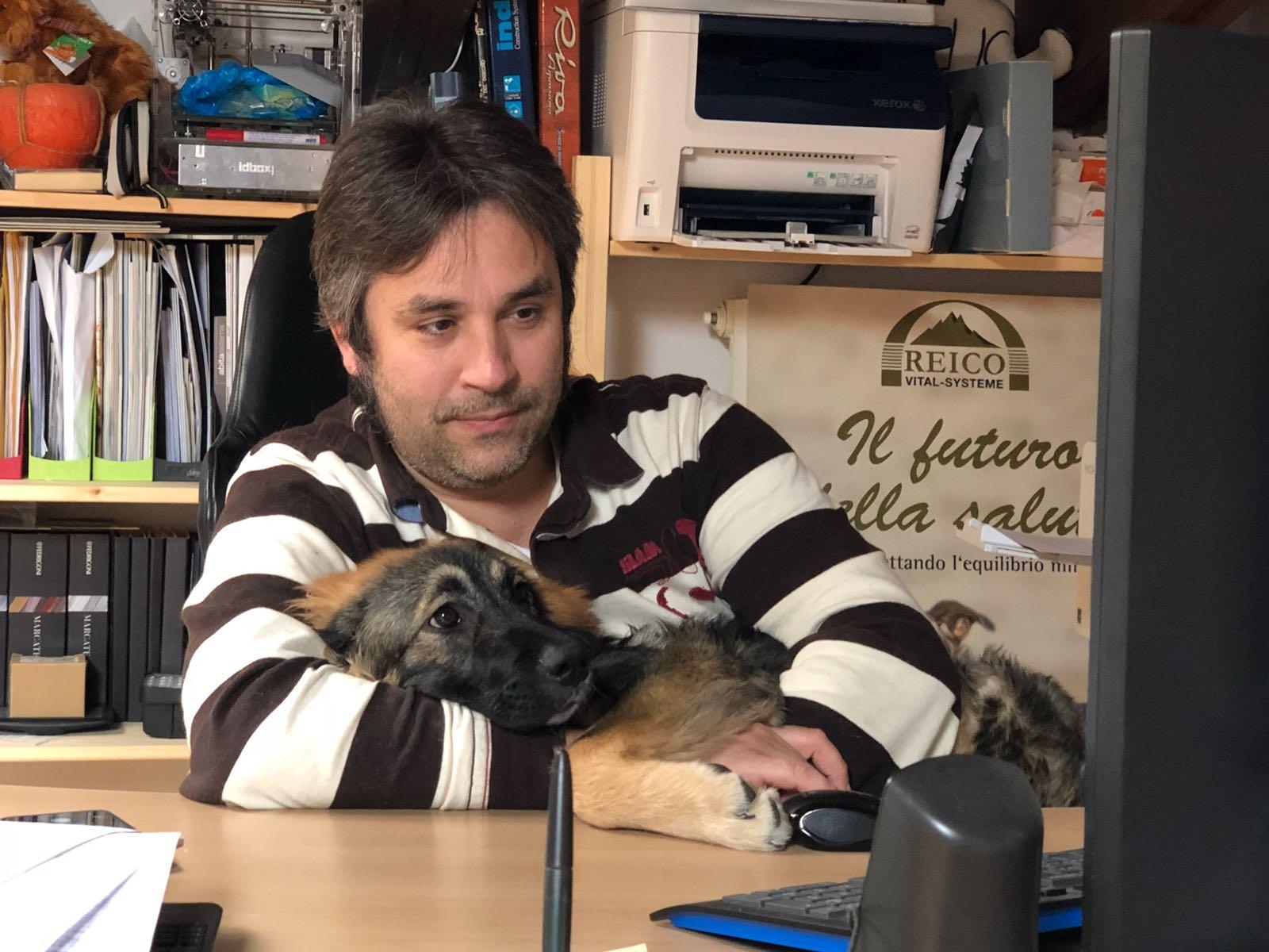Stefano e Concetta al computer